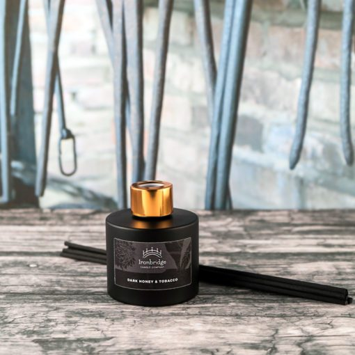 Dark Honey & Tobacco Reed Diffuser