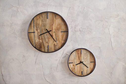 Alomi Mango Wood Clock